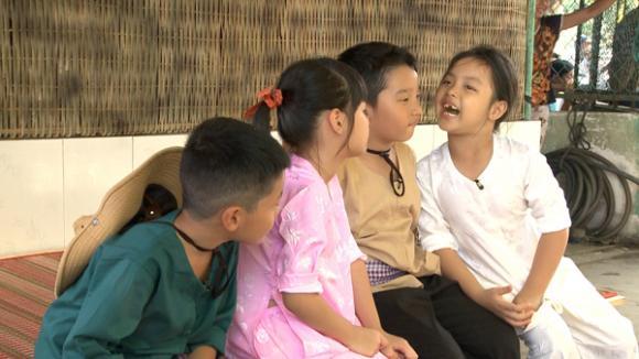 sao Việt, MC Phan Anh, MC Phan Anh đi bán bánh xèo, Bố ơi! Mình đi đâu thế