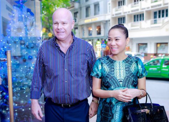 sao Việt, Thu Minh, chồng đại gia Thu Minh, Thu Minh chúc mừng Trang Pháp, ca sĩ Trang Pháp, Nữ hoàng nhạc phim
