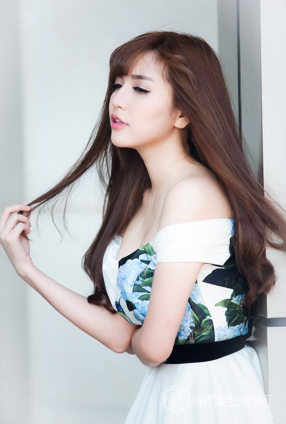 Mình yêu nhau đi (Bích Phương), Trót yêu (Trung Quân Idol), Gạt đi nước mắt (Noo Phước Thịnh – Tony Việt), Top 3 ca khúc nổi bật