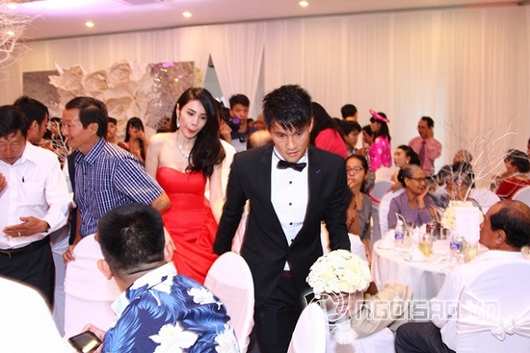 đám cưới Công Vinh - Thủy Tiên,Công Vinh,Thủy Tiên,cỗ chay trong đám cưới Công Vinh