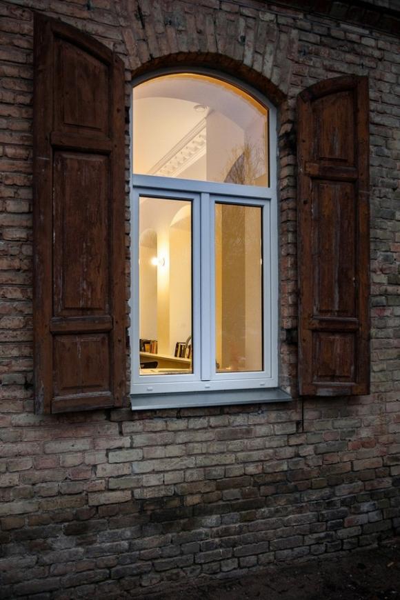 Ngắm căn hộ 24m² hiện đại trong lòng biệt thự cổ 2