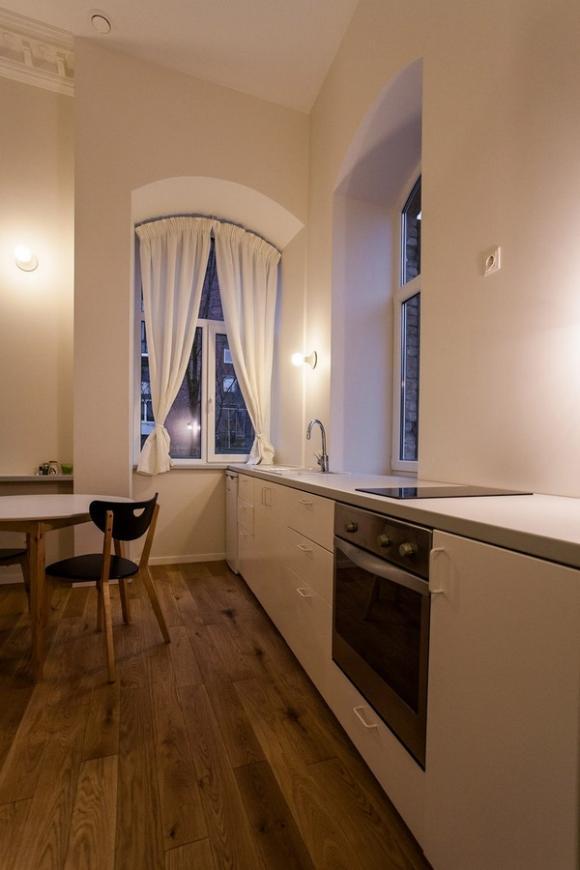 Ngắm căn hộ 24m² hiện đại trong lòng biệt thự cổ 8