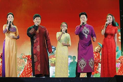 Phương Mỹ Chi,Quang Lê,Minh Tuyết,Xuân Trên Quê Hương