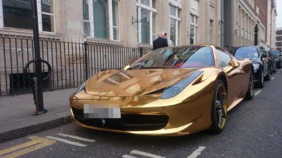 Xe đẹp,siêu xe,xe Ferrari,màu vàng,sành điệu.
