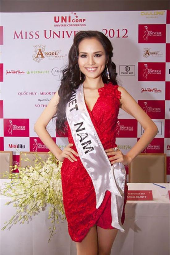 Diễm Hương,Hoa hậu Diễm Hương,Ca sĩ Quang Hà,Hoa hậu thế giới người việt 2010
