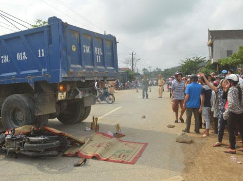Tai nạn,đi đám cưới,gia đình,3 người,thương vong,Quảng Bình.