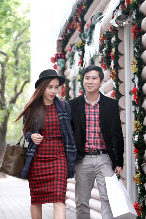 Lưu Hương Giang,Hồ Hoài Anh,thời trang đôi,tông xuyệt tông,sành điệu.