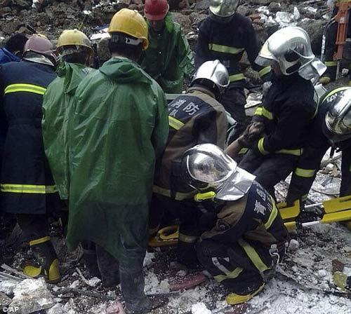 Tai nạn,lao động,sập tường,Trung Quốc,18 người chết,nhà máy,mưa lớn.