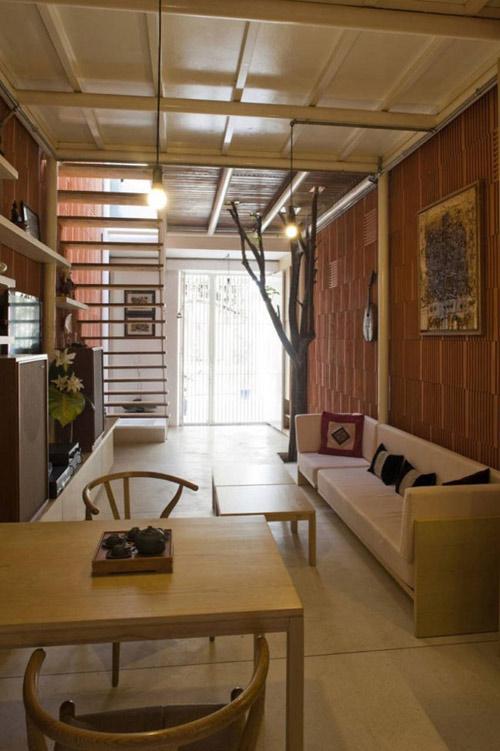 Nhà 27m2 'nép mình' trong ngõ nhỏ Sài Gòn - 3