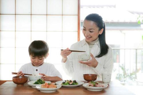 Ăn sáng,học dốt,con trẻ,liên quan,thông minh,cần tránh,mẹ,nên biết.