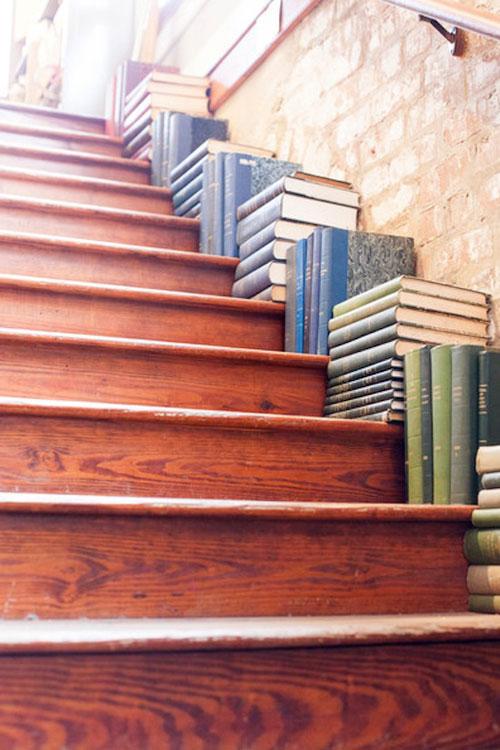 1401789121 1 jpg0 Gợi ý 3 cách trang trí cầu thang đẹp mắt