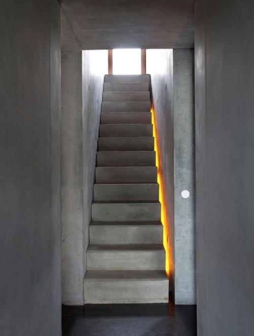 1404063526 3 jpg2 Chia sẻ bí quyết chiếu sáng cầu thang đẹp ngỡ ngàng