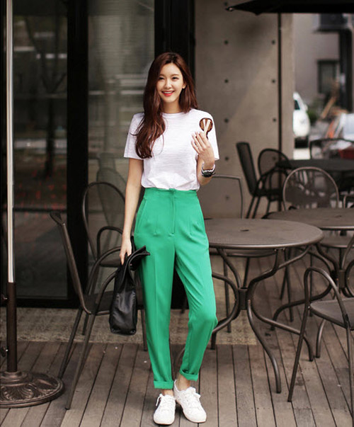 Thời trang sao việt,Quần baggy,Yến Trang,Hồ Ngọc Hà,Thanh Hằng,Ngô Thanh Vân