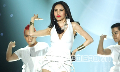Đông Hùng, ca sĩ Đông Hùng, mẹ Đông Hùng, mẹ ca sĩ Đông Hùng nợ nần, Top 3 Vietnam Idol 2014
