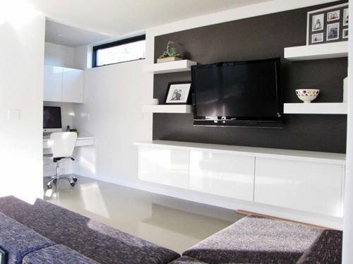1405133388 17 jpg16 Cùng nhìn qua 20 mẫu kệ đồ phù hợp với TV treo tường