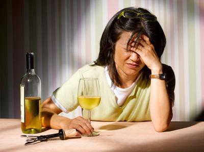 Bệnh gan,thói quen gây tồn thương cho gan,uống rượu bia,ăn mặn,ăn đêm