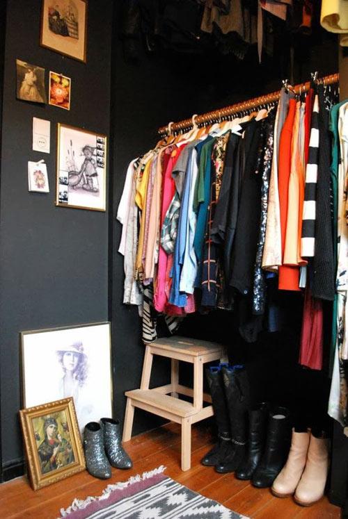 1404448436 13 jpg11 Gợi ý thiết kế tủ quần áo mở lý tưởng cho phòng ngủ nhỏ