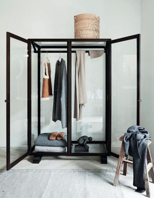 1404448436 2 jpg1 Gợi ý thiết kế tủ quần áo mở lý tưởng cho phòng ngủ nhỏ