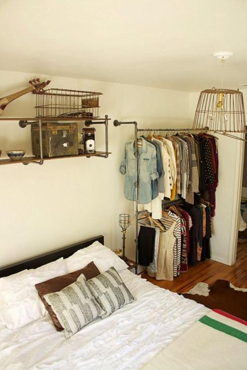 1404448436 9 jpg8 Gợi ý thiết kế tủ quần áo mở lý tưởng cho phòng ngủ nhỏ