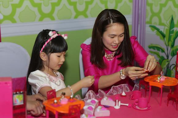 sao Việt, Hiền Thục, bà mẹ một con, Hiền Thục cưa sừng làm nghé, con gái Hiền Thục