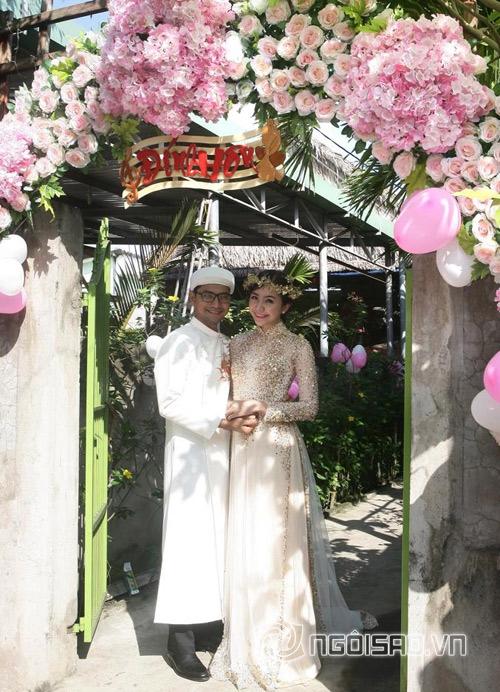 sao Việt, Huỳnh Đông, Huỳnh Đông và bạn gái Á hậu, Huỳnh Đông - Ái Châu, lễ đính hôn Huỳnh Đông - Ái Châu, lộ thiệp cưới Huỳnh Đông - Ái Châu