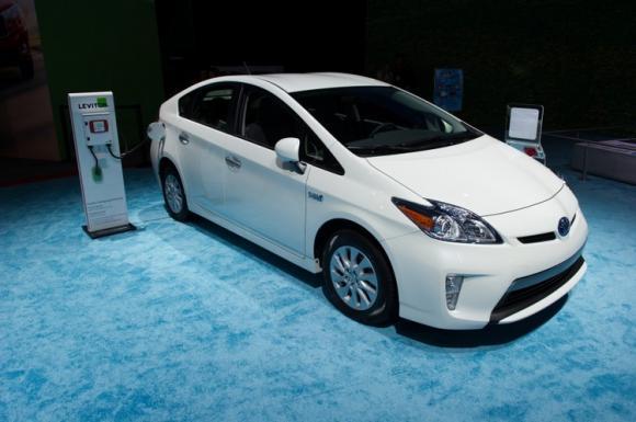 Toyota Prius, Ford Fusion Energi, Honda Insight, BMW i3 REx