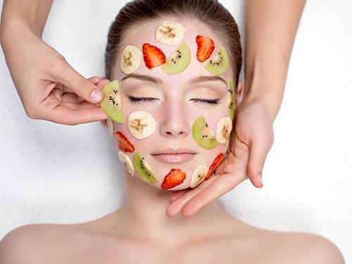 Chăm sóc da, bí quyết da đẹp, chăm sóc da trong mùa đông,đắp mặt nạ, tẩy da chết, bổ sung vitamin, massge mặt