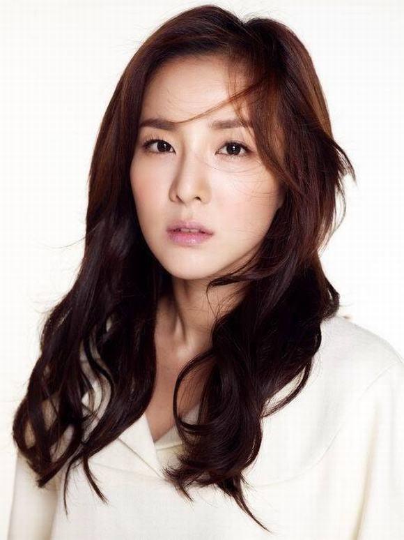 idol lao hoa nguoc, sao han khong tuoi, dara, Song Hye Kyo, Han Ga In