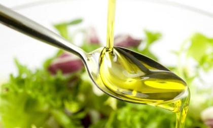 chọn dầu ăn nào tốt, dầu đậu nành, dầu cải, dầu cọ, dầu đậu phộng, dầu ô liu, mỡ lợn