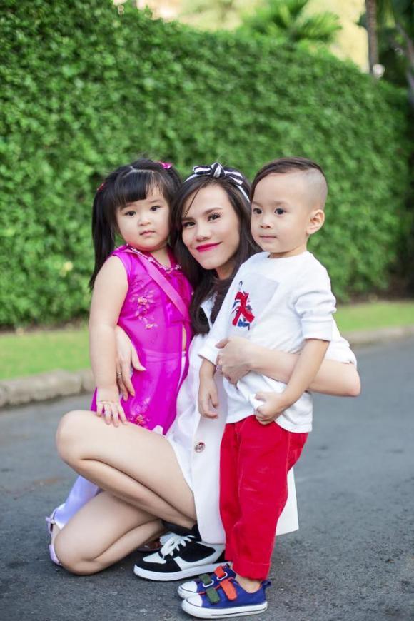 jacky Minh Trí, Jacky Minh trí và mẹ Thụy Anh, Jacky Minh Trí bảnh bao