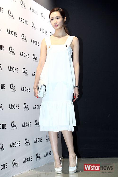 Lee Da Hae,Lee Da Hae xinh như búp bê,Lee Da Hae trong sự kiện,Lee Da Hae động dao kéo