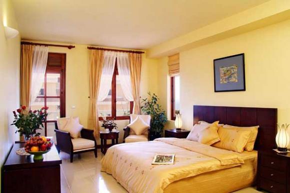 ke giuong ngu vo chong 3 ngoisao.vn Chia sẻ cách bài trí phòng ngủ hợp phong thủy nhất cho vợ chồng
