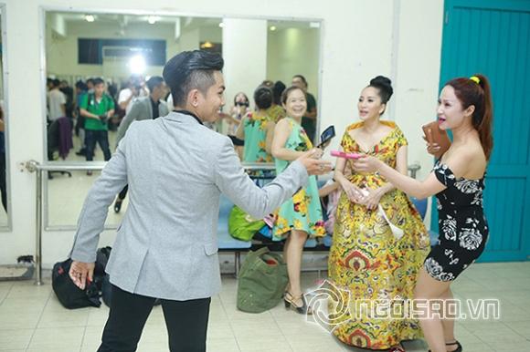 Khánh Thi, Nữ hoàng dancesport, chồng 9x Khánh Thi, Phan Hiển, bà bầu Khánh Thi, Khánh Thi sinh con trai