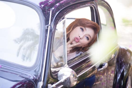 Tiêu Châu Như Quỳnh, Tiêu Châu Như Quỳnh hôn 10 lần trong MV, Tiêu Châu Như Quỳnh hôn 10 lần
