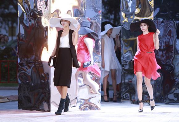 Jennifer Phạm, Hoa hậu châu Á tại Mỹ, vedette Jennifer Phạm, Jennifer Phạm sải bước trên sàn catwalk, NTK Lê Thanh Hoà