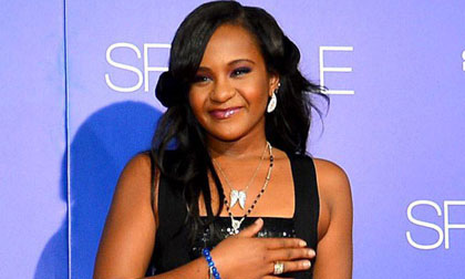 Whitney Houston, con gái Whitney Houston, mẹ con Whitney Houston, Bobbi Kristina Brown, mẹ con Whitney Houston bị nghi sát hại, tin ngôi sao, tin tức sao