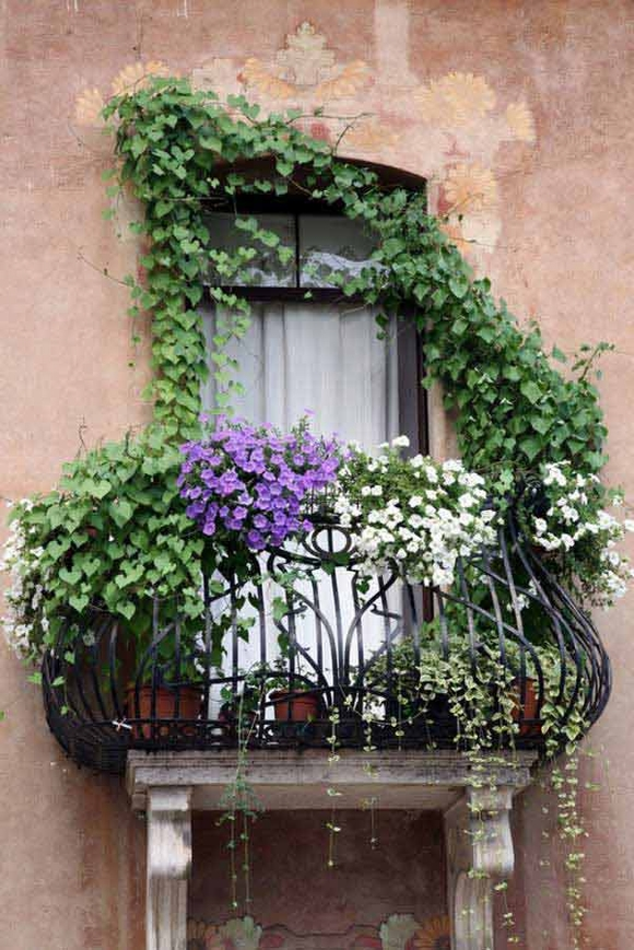 Trang trí 'khu vườn ban công' tuyệt đẹp cho ngôi nhà hiện đại 18
