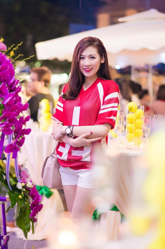 Dương Tú Anh, Á hậu Việt Nam 2012 Dương Tú Anh