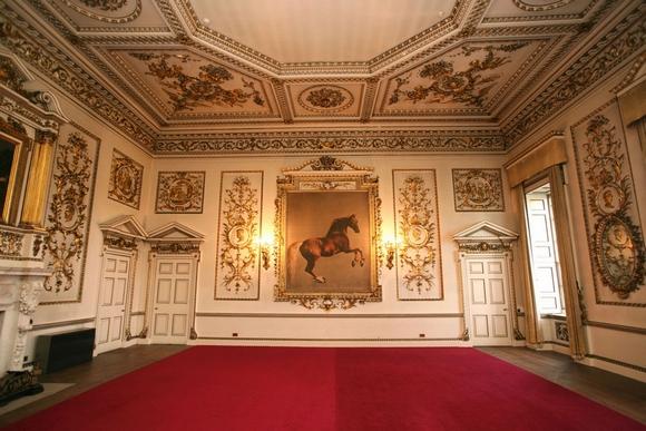 Khám phá nội thất ngôi nhà rộng nhất châu Âu tọa lạc ở Anh 2