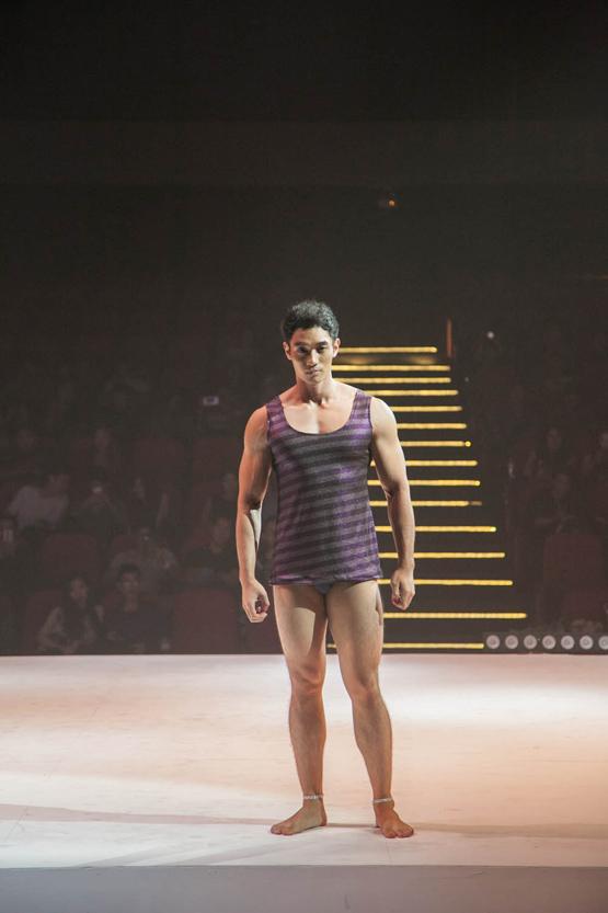 thiết kế nổi tiếng Davis Pranladon, thời trang Thái Lan, show thời trang Thái,