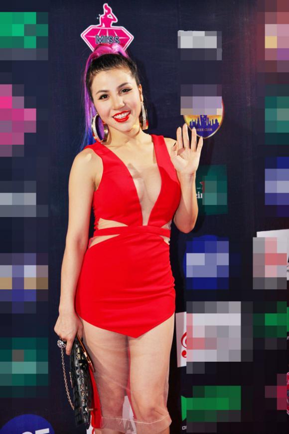Ca sĩ nhà trăm tỷ, Tùng Lâm, ca sĩ nhà trăm tỷ tình tứ bên Lê Thị Phương, gái quê Lê Thị Phương, Miss DJ 2015