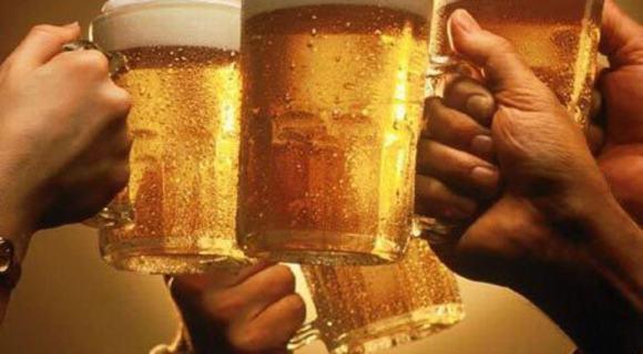Lợi ích tuyệt vời khi uống bia, lợi ích của bia, chăm sóc sức khỏe, uống bia tốt sức khỏe, tin ngoi sao