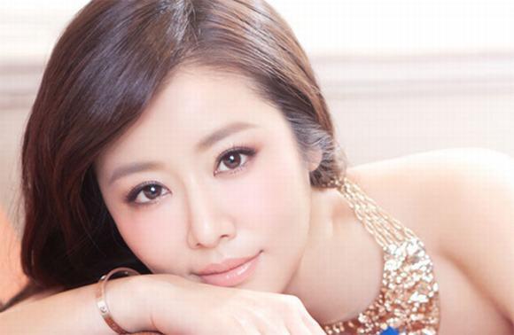 Bà chủ làng giải trí Hoa ngữ 5