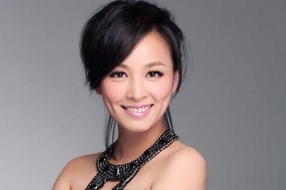 Bà chủ làng giải trí Hoa ngữ 4