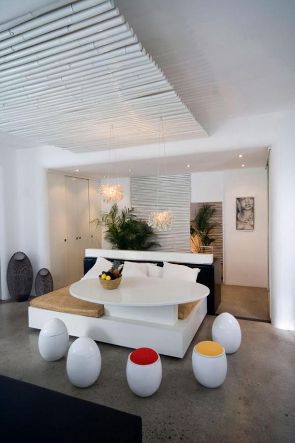 lovelli residence 07 800x12 ngoisao.vn Tham quan ngôi nhà 2 tầng tông trắng bài trí tuyệt đẹp