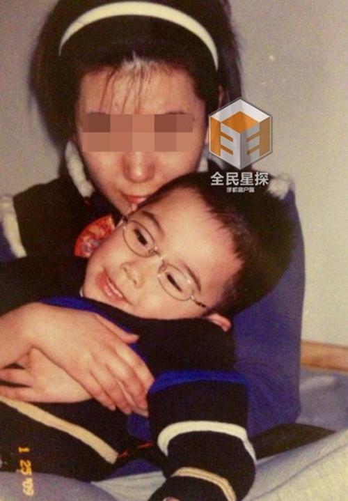 'Càn Long' Trương Thiết Lâm bị tố từng làm nữ sinh Đại học mang bầu 0