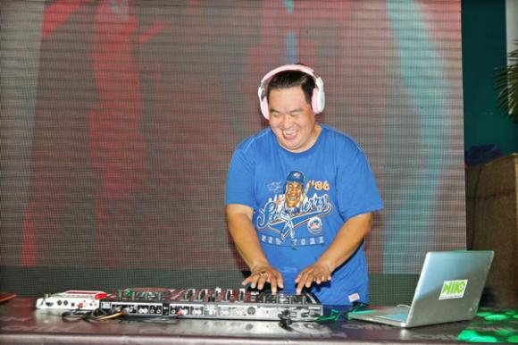 Hoàng Mập, danh hài Hoàng Mập, Hoàng Mập khiêu vũ, Hoàng Mập trổ tài chơi DJ