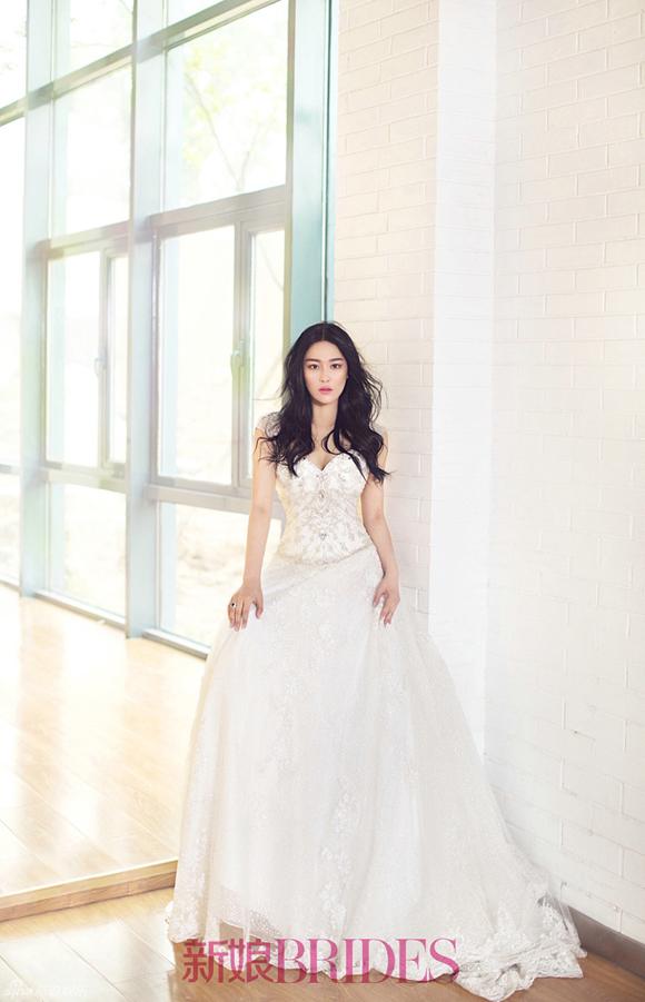 Trương Hinh Dư đẹp như thiên thần khi mặc váy cưới 1