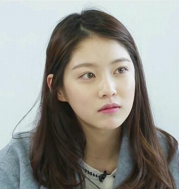 Mỹ nữ xứ Hàn mắt đẹp 17
