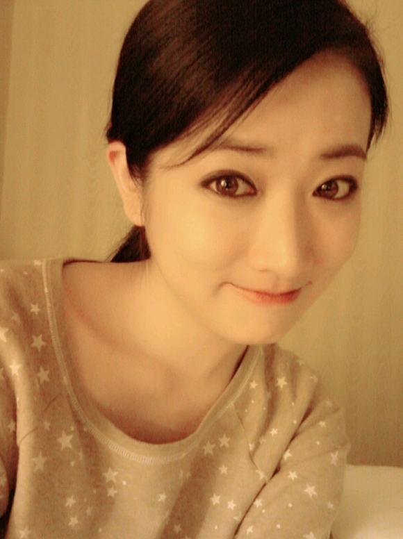 Mỹ nữ xứ Hàn mắt đẹp 11